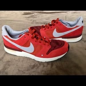 Nike Archive 83.M Red Suede Running Sneaker Size 8